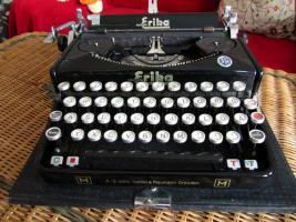 Foto 2 Schreibmaschine Naumann Erika-Koffer-