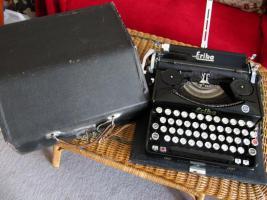 Foto 5 Schreibmaschine Naumann Erika-Koffer-