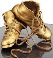 Schuhskulpur--Das Wunder von Bern-schlagmetall-Vergoldet