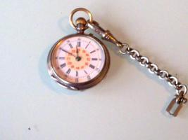 Sehr schöne alte Taschenuhr! In der aufgeklapten Uhr steht:Remontoir Cylindre 10Rubys.