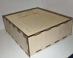 Foto 2 Sektgläser mit Gravur - Geschenkspackung aus Holz