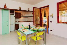 Foto 3 Sizilien, herrlich gelegenes Ferienhaus am Meer privat fuer 2-4 Personen zu vermieten!