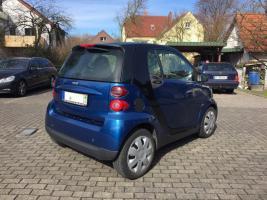 Smart ForTwo Coupe Benzin Blau von 2008