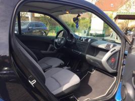 Foto 4 Smart ForTwo Coupe Benzin Blau von 2008