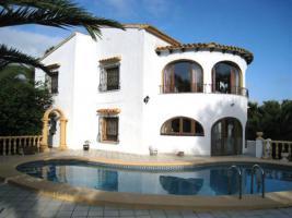 Spanien, Costa Blanca: wunderschöne Villa mit spanischem Ambiente!