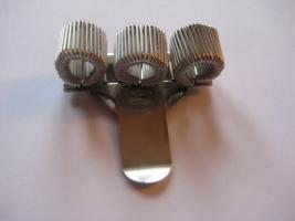 Foto 5 Stifthalter Stiftehalter Schreibhilfe Schreibgerät Ansteck-Pin Pen-Clip