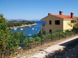 Ferienhaus Kirsic in Sv. Marina für 3 Familien, 20 Meter zum Schwimmen