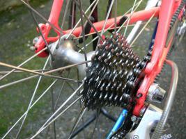 Foto 12 Straßenrennrad von BIANCHI , 18 Gang - Kette von SHIMANO - EXAGE