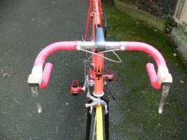 Foto 15 Straßenrennrad von BIANCHI , 18 Gang - Kette von SHIMANO - EXAGE
