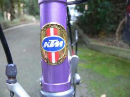 Foto 9 Straßenrennrad von KTM , 14 Gang - Kette von SHIMANO - 105
