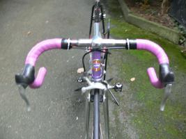 Foto 15 Straßenrennrad von KTM , 14 Gang - Kette von SHIMANO - 105