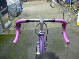 Foto 16 Straßenrennrad von KTM , 14 Gang - Kette von SHIMANO - 105
