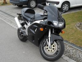 Foto 2 Suzuki GSXR 750 SRAD, EZ 04/00, VB 2700€