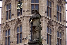 Foto 9 Täglich Interessante Stadtführungen in Köln mit 'Historische Stadtführungen Köln'