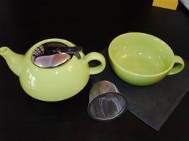 Foto 2 Tea for one - Teekanne, Metallsieb und Tasse alles in Einem