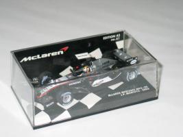 Team McLaren Mercedes MP4-20 J.P.Montoya Neu