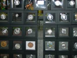 Foto 5 Telefonkarten , gültig bis mindestens 12/2013 Nennwert 5€ zu 4€ im Sammlershop Herne