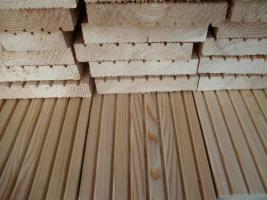 Terrassendielen Sibirische Larche Riffelbohlen Terrassenholz