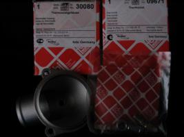 Foto 5 Thermostatgehäuse mit kpl. Zubehör und Thermostat (-Ventil ) für Mercedes Benz W201 , W123 und W124 – Neuteile - – für diverse MB Typen ! Preis incl. Versand : 70 Euro  -
