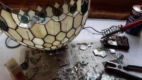 Foto 7 Tiffany-Lampen-Reparatur-Fusing-Glaskunst-Bleiverglasung-Restaurieren-Glaserei-Gartengestaltung-Gartenbau Landshut