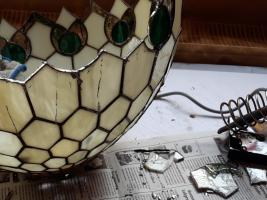 Foto 3 Tiffany Lampen Reparatur & Glaskunst & Bleiverglasung in NRW, Oberhausen, Essen, Duisburg, Mülheim an der Ruhr