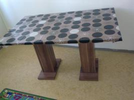 Tisch Nagelneu