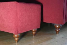 Foto 5 Tolles Ehe-Doppel- Bett 2 x 80 cm x 200 cm weinroter Stoff mit Fußbank wie NEU