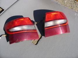 Toyota CarinaE-Liftback- Rückleuchten
