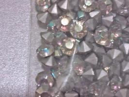 Foto 2 Transparente, regenbogenlich schillernde Glaskristallstein 4,5 mm (100 St.)