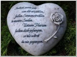Unsere Herzen halten dich gefangen