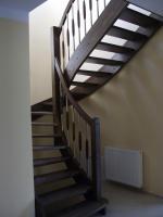 Foto 7 Treppe, Holztreppe, Massivholztreppe, Innentreppe, Treppe aus Polen , Polnische Treppe, Treppenhaus