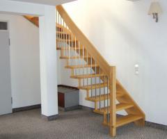 Foto 4 Treppen nach Mass, Massivholztreppen, Holztreppen aus Polen