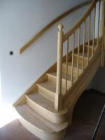 Foto 8 Treppen aus Polen Tischlerei As-Treppen, Massivholztreppen nach Mass