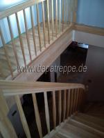 Treppen, Holztreppen, Bolzentreppen, Massivholztreppen aus Polen