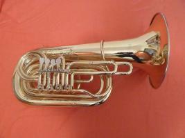 Tuba in B von Orsi Milano