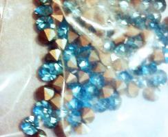 Foto 2 Türkis Glaskristallstein 3,5 mm (100 St.)