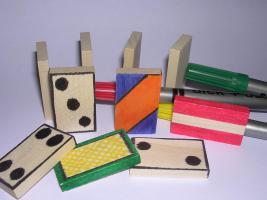 Foto 2 Über 1000 Stk Dominosteine aus naturbelassenen Holz NEU