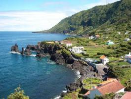 Foto 6 Unglaubliches Schnäppchen: Azoren Immobilien Meerblick Objekt