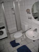 Bad , WC, Dusche, Waschmaschine