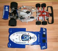 Foto 12 VINTAGE 1/8 3,5ccm 1977 Tyrrell P34 V8 Ronnie Peterson Team Tyrrell Elf  6Wheels Racing Car 1977