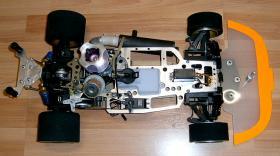 Foto 14 VINTAGE Glattbahner Serpent Sprint R6000 1/8-3,5ccm-4WD-2 Gang voll funktionfähig mit vielen Ersatzteilen