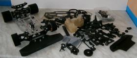 Foto 15 VINTAGE Glattbahner Serpent Sprint R6000 1/8-3,5ccm-4WD-2 Gang voll funktionfähig mit vielen Ersatzteilen