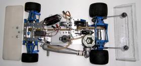 Foto 13 VINTAGE-Wettbewerbs Glattbahner 80er PMR PRO RACING 1/8 3,5ccm-4WD-2 Gang voll funktionsfähig mit vielen Ersatzteilen und Starterbox
