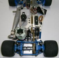 Foto 14 VINTAGE-Wettbewerbs Glattbahner 80er PMR PRO RACING 1/8 3,5ccm-4WD-2 Gang voll funktionsfähig mit vielen Ersatzteilen und Starterbox