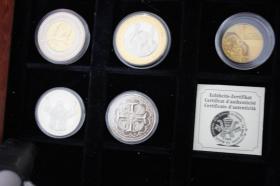 Foto 3 Vatikan Silbermünzen ( teilw. mit Gold ) ab 12 EUR
