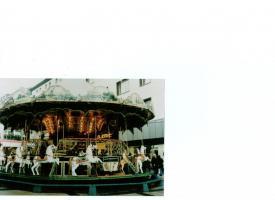 Foto 2 Verkaufe Historisches Etagenkarussell