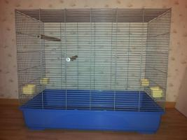 Foto 2 Verkaufe Käfig, kaum gebraucht mit Zubehör. Maße: L.100cm x B.58cm x H.90cm