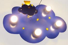 """Foto 2 Verkaufe Kinderleuchte / Deckenleuchte """"Wolkenhimmel mit Nachtlicht Bär"""" für Kinderzimmer"""