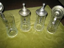 Foto 3 Verschiedene Bierkrüge