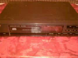 Foto 2 Videorecorder, CD-Player, Plattenspieler, Radio, Receiver
